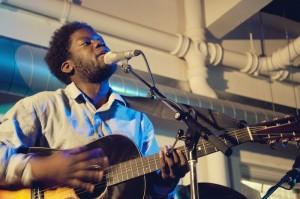 Michael Kiwanuka onstage at the Rought Trade East. Photo: Chiara Ceccaioni