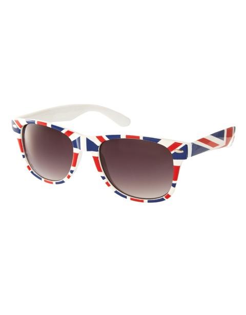 Union Jack retro sunglasses - ASOS - £12
