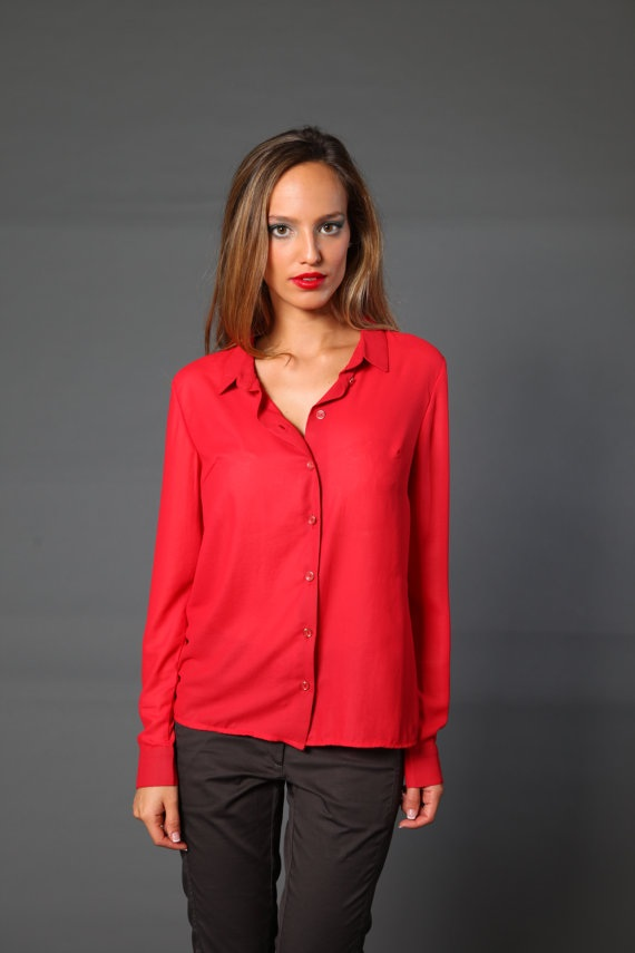 Girlish red shirt
