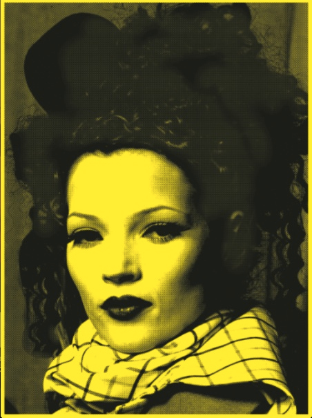 Kate Moss yellow