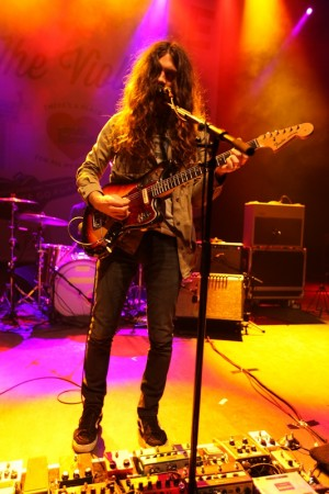 Kurt Vile at Shepherds Bush Empire _-16