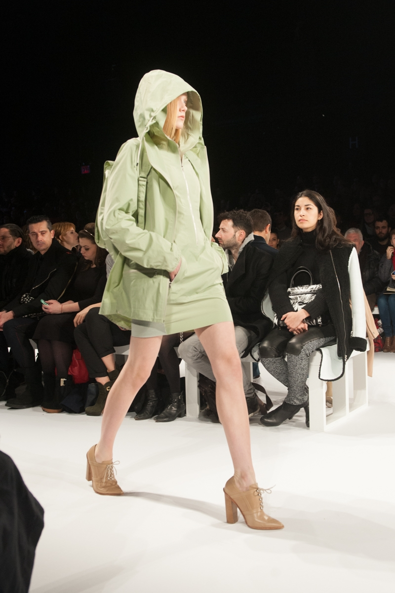 Lacoste_at_Theater_EstherHorvath_TheUpcoming-3