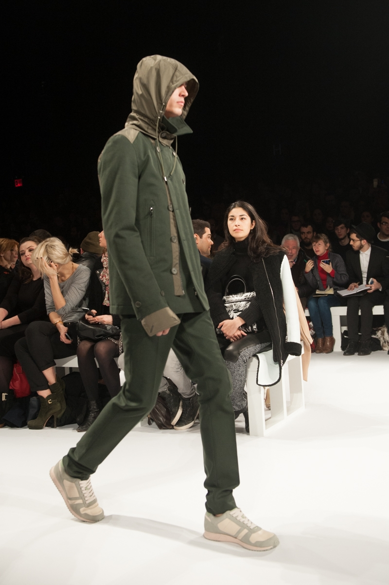 Lacoste_at_Theater_EstherHorvath_TheUpcoming-5