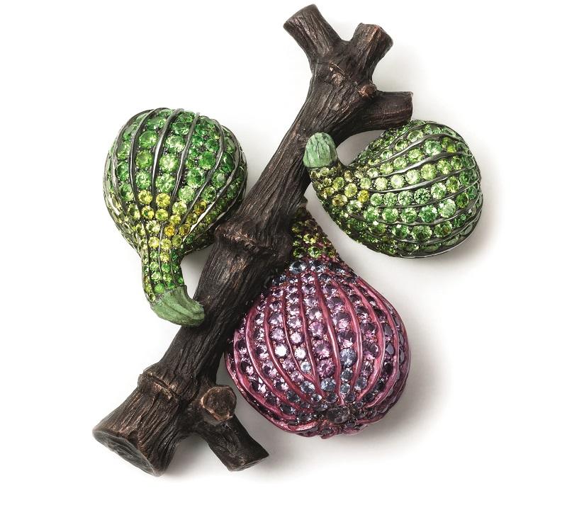 Hemmerle brooch, 'fig', sapphires, demantoid garnets, gold, copper, 0813_12