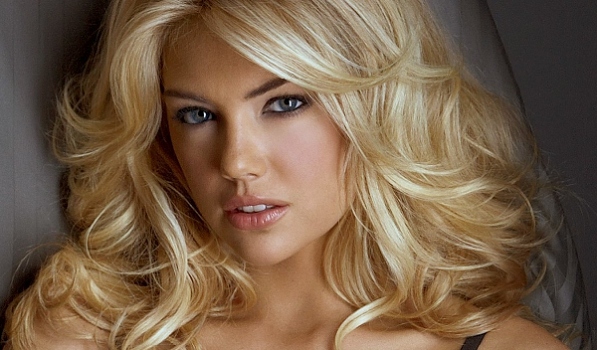 Kate Upton to replace Katie Holmes as the face of Bobbi