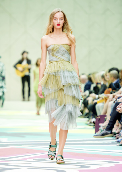 Burberry Prorsum Womenswear Spring Summer 2015 Collection - Look 47