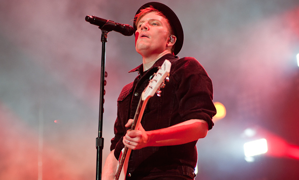 Fall Out Boy, March 2014