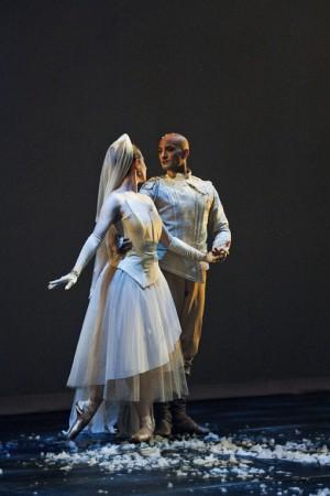 White_Russian_-_Dancers_Erin_Gallagher_and_Aengus_Ortiz_-_Photographer_Nico_Malvaldi