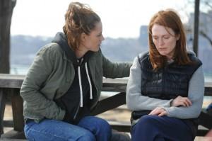 still-alice-julianne-moore-Kristen-Stewart
