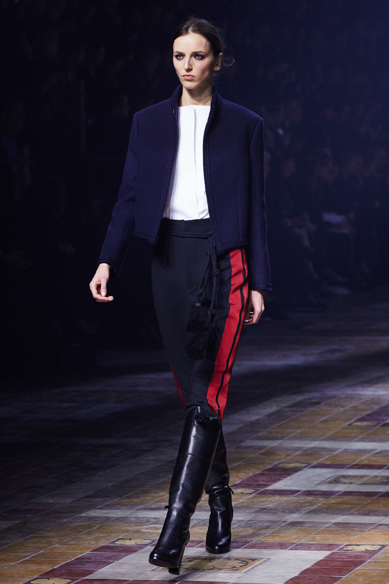 http://www.theupcoming.co.uk/wp-content/uploads/2015/03/PFW-AW15-LANVIN-AMBRA-VERNUCCIO-THE-UPCOMING-1.jpg