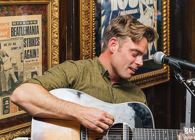 474004106-ben-montague-performs-an-intimate-show-at-gettyimages