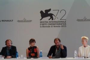 Venice A Bigger Splash press conference - Ralph Fiennes Tilda Swinton Dakota Johnson Matthias Schoenaerts Luca Guadagnino - The Upcoming - Laura Denti -8