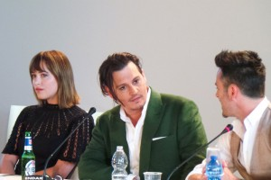 Venice Black Mass press conference - Johnny Depp Dakota Johnson Joel Edgerton Scott Cooper - The Upcoming - Laura Denti -1