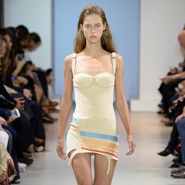 758dbb98c3 Paco Rabanne catwalk show report | PFW S/S 2016 – The Upcoming