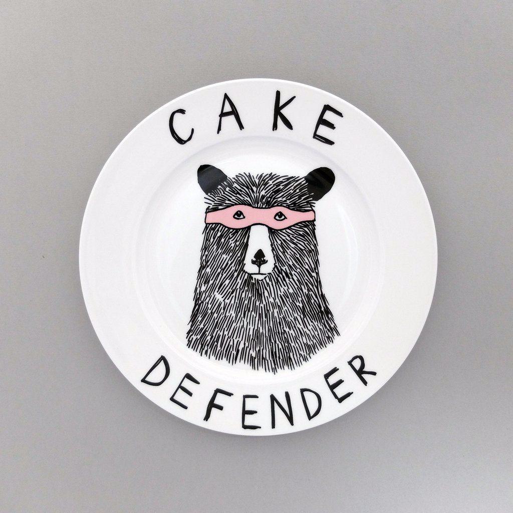 cake_defender_s_1024x1024_13856036-ac3a-44d1-9032-176b7e243256_1024x1024