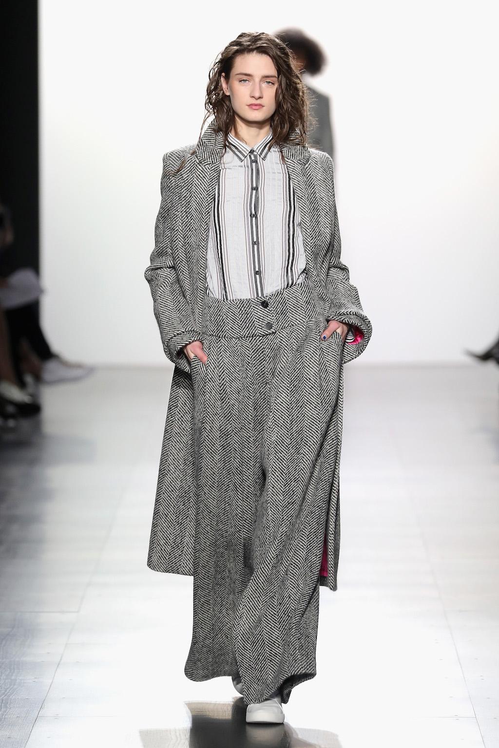 Taoray Wang - Runway - February 2017 - New York Fashion Week: The Shows