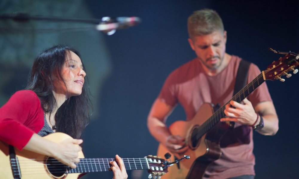 rodrigo y gabriela at the roundhouse live review the upcoming. Black Bedroom Furniture Sets. Home Design Ideas