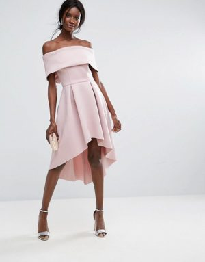 76187b46824e ... the wedding dress to make you look a million dollars then don t panic.  We ve put together our favourite wedding guest dresses that will make you  stand ...