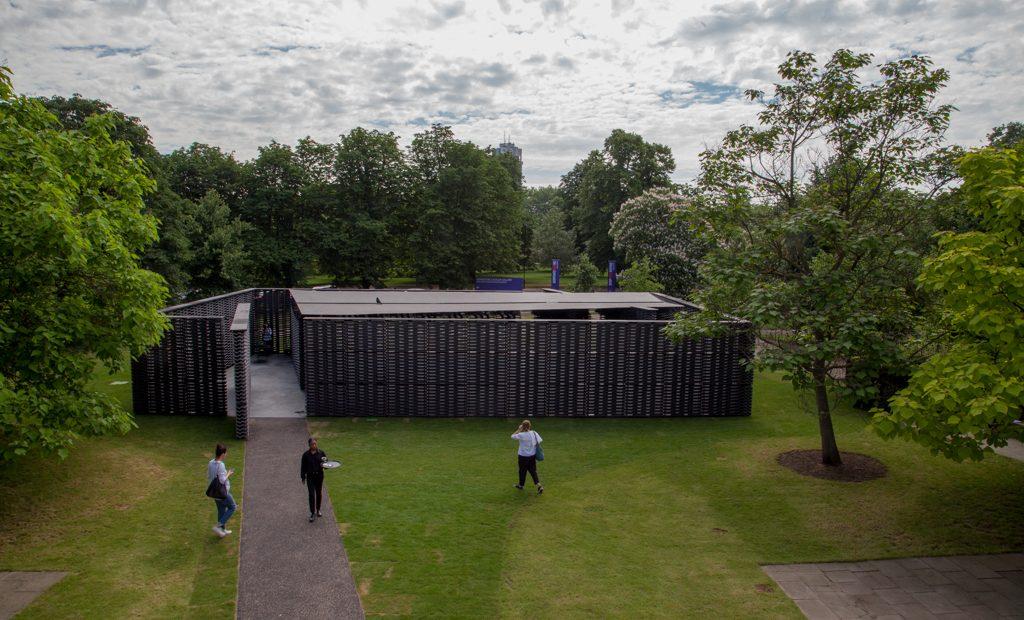 Resultado de imagen para serpentine pavilion 2018