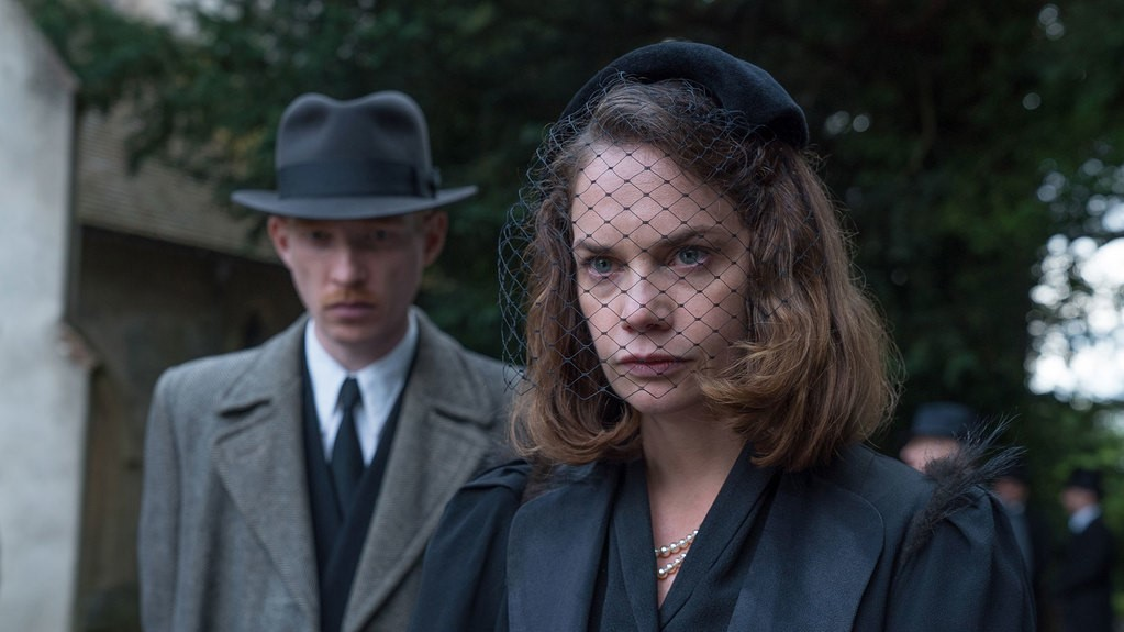 The Little Stranger  (12A) | Close-Up Film Review